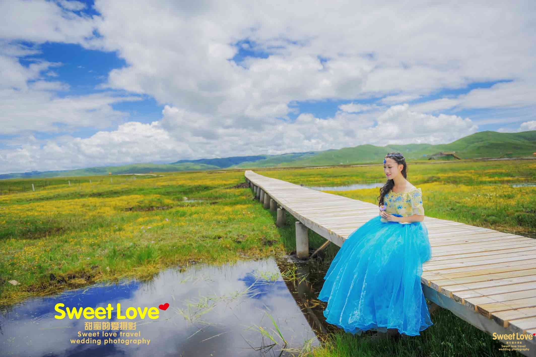 红原草原婚纱摄影旅拍婚纱照小个子新娘怎样显高